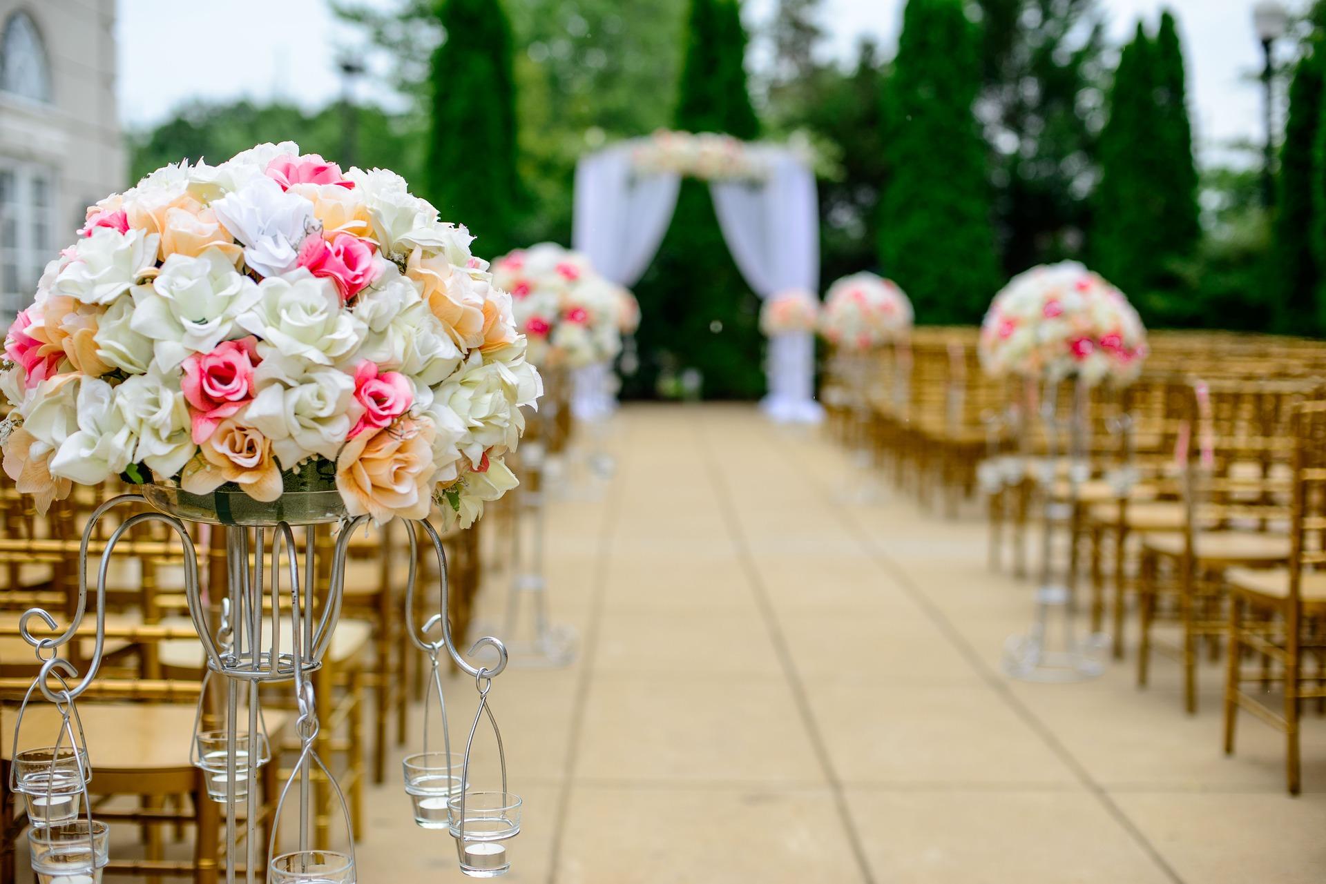 Udane wesele w trzech krokach – zaplanuj najważniejszy dzień swojego życia!